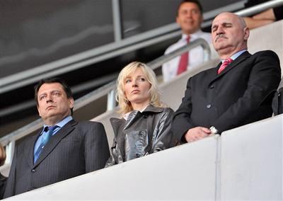 Paroubek podporuje Česko-slovenské ME ve fotbale