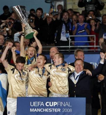 Petrohrad dotáhl pouť Pohárem UEFA k trofeji