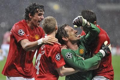 Manchester slaví vítězství v Lize mistrů