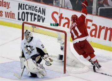 Detroit se ujal vedení ve finále Stanley cupu