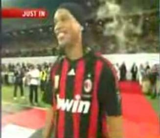 Ronaldinho v Miláně