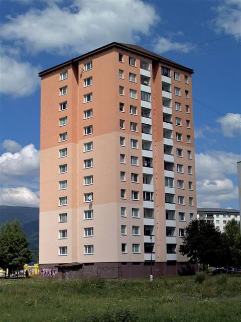 Byty na horší adrese konečně zlevnily