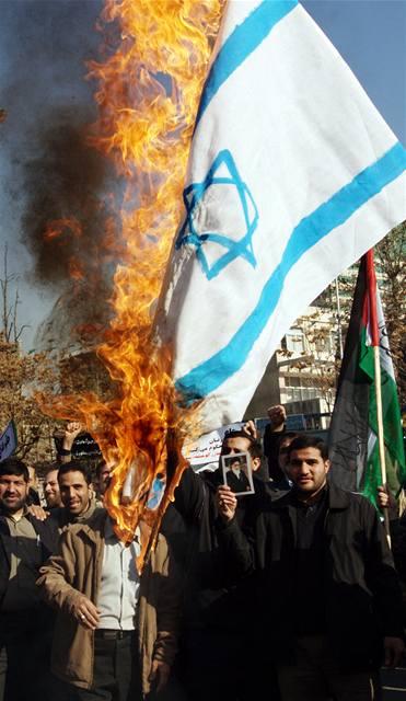 Svět vyzývá Izrael k ukončení útoků