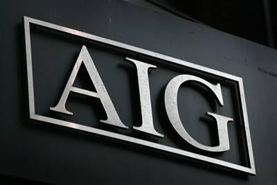 Obama zuří, dotovaná AIG vyplácí odměny