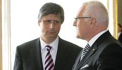 Fischer míří na Hrad