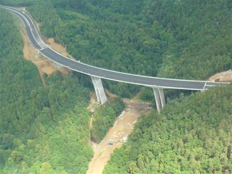 Mosty roku? Silnice i lávky
