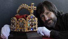 Na Karlštejn se po 600 letech vrátí císařská koruna. Jako kopie