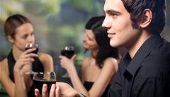 Češi začali šetřit, pijí levnější vína - prodej těch kvalitních klesá