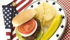Američané čtyřicet procent jídla vyhodí