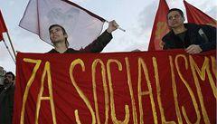 Stalinisté měli v Lidicích vlajky schované, komunisté to prý nevěděli