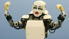 Seniorům by mohli pomáhat sociální roboti, tvrdí vědci z Brna