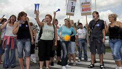 Evropu zaplaví sociální bouře, odboráři odmítají šetřit a plánují protesty