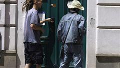 Praha nabízí byty lidem, kteří žijí se squatery. Zaplatit chce po Kocábovi