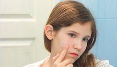 Akné: málo i příliš mnoho péče škodí