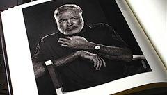Jak to bylo se Starcem? Nové texty Hemingwaye poprvé česky
