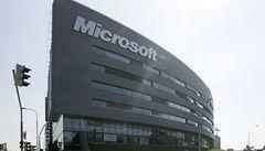 Tržby Microsoftu srazil první pokles prodeje Windows v historii