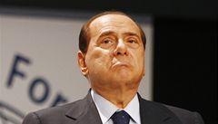 Berlusconi má problém: telefonáty o sexu s prostitutkou