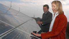 Vláda chce kuriózně zlevnit elektřinu, seškrtá dotace na sluneční energii
