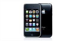 Zájem o nový iPhone je v Česku nižší než loni