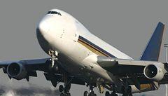 Provoz newyorského letiště řídilo dítě jednoho ze zaměstnanců