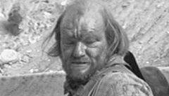 Zemřel americký herec John Quade, dvorní záporák Clinta Eastwooda