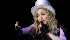 Sousedka žaluje Madonnu, je prý příliš hlučná