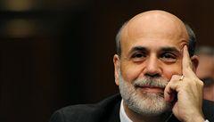 Obama chce do čela Fedu Bernankeho, který léčí krizi záplavou peněz