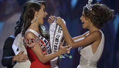 Lutovská se dostala mezi 10 finalistek na Miss Universe, vyhrála Venezuela