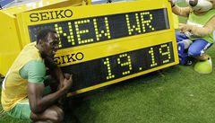 Bolt vyhrál první stovku v sezoně za 9, 86 sekundy