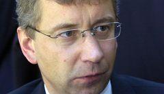 Nový ministr chce sjednotit sociální dávky a vytvořit 'superúřad'