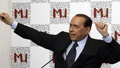 Berlusconi půjde k soudu až v lednu, dnes řídí vládu