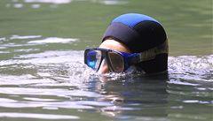Berounský potápěč se ožení ve čtyřmetrové hloubce v bazénu