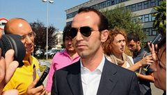 V Itálii zatčen podnikatel, který Berlusconimu dodával dívky