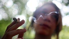 SMS zprávy zasílané kuřákům pomáhají přestat kouřit