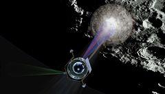 NASA úspěšně 'bombardovala' Měsíc kvůli hledání vody