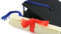Londýnská škola prodává titul MBA. Dostal ho i pes