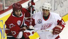 Osmačtyřicetiletý Chelios se vrací do NHL, upsal se Atlantě