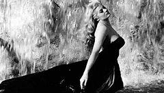 Sladký život Federika Felliniho slaví sladkých padesát let