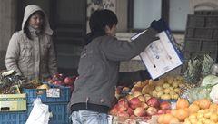 Vietnamci mají výhody, stěžují si vesnické prodejny