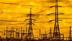 Elektřina příští rok zlevní. Domácnost ušetří až 3000 korun za rok