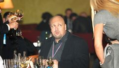 Kdo jsou čeští kmotrové ovládající politiku a byznys? Podívejte se