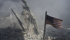 Prosím, zavolej domů, táta... Na internetu jsou teď SMS z 11. září 2001