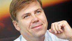 Sobotka dal manažerům ČSA 120 milionů. Janota zuří