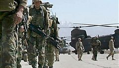 'Obama je nový válečný prezident, který zničil naděje a sny'