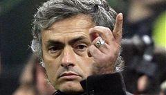 Mourinho zuří: Můj tým potřebuje ochranu, sudí udělali 13 chyb