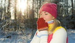 Třeskuté mrazy zvolna ustupují, oteplí se v půlce února