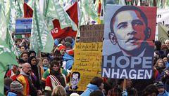Desetitisíce lidí vyzývali v Kodani k nové emisní dohodě