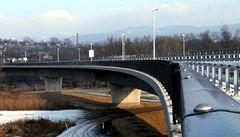 V Litoměřicích překlenul Labe nový silniční most, odolá i stoleté vodě