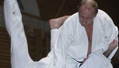 Nositel černého pásu Vladimir Putin se nabídl do týmu ruských judistů