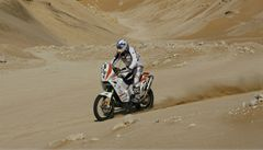Další těžká nehoda motocyklisty na Dakaru, Manca je ve vážné stavu